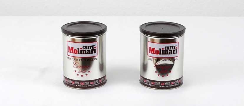 Zwei leere Dosen Molinari Cinque Stelle