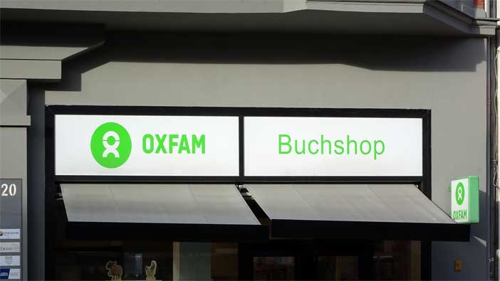 Oxfam-Buchshop am Kaiser-Wilhelm-Platz, Berlin-Schöneberg